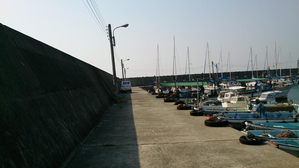 完全に漁港